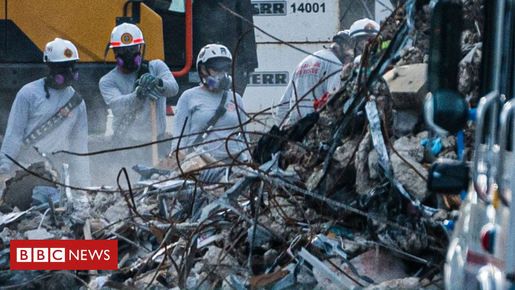 Miami building collapse: Rescuers search air pockets