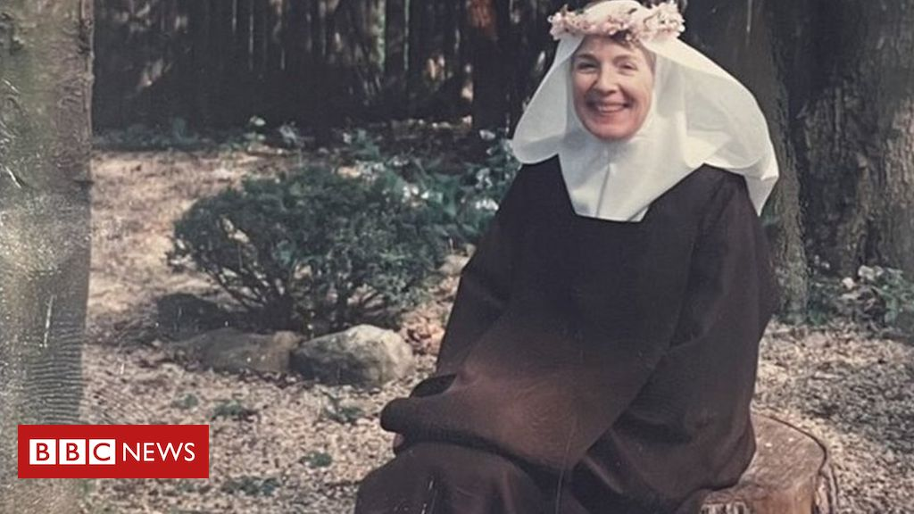 The US socialite who gave it all up to become a Carmelite nun
