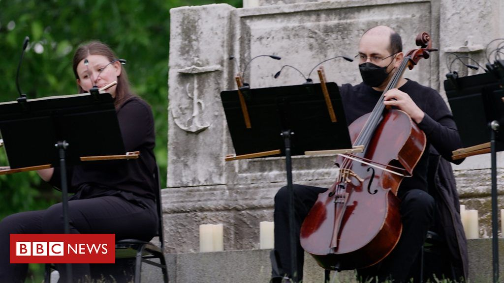 Why classical musicians are performing among tombstones