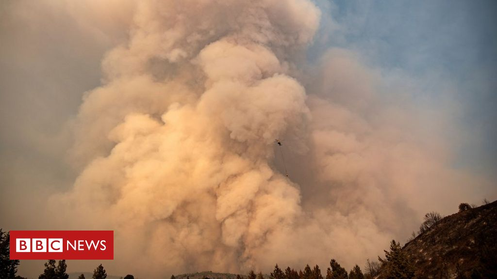 California fires: What happens when fire clouds form above wildfires?